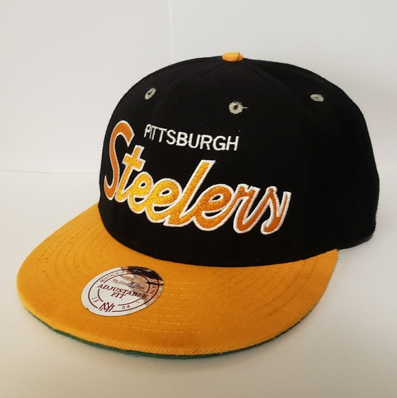 lowest price 181cb 728c0 Vintage collection Pittsburgh Steelers hat